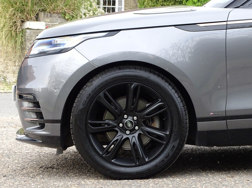 2017 Land Rover  RANGE ROVER VELAR  R-DYNAMIC S  32,948 For Sale (picture 5 of 24)