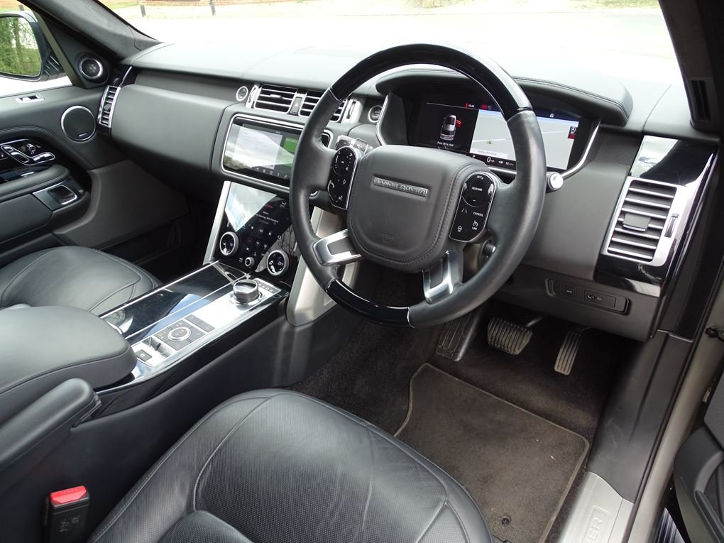 2018 Land Rover  RANGE ROVER  3.0 TDV6 VOGUE SE 8 SPEED AUTO  53, For Sale (picture 8 of 24)