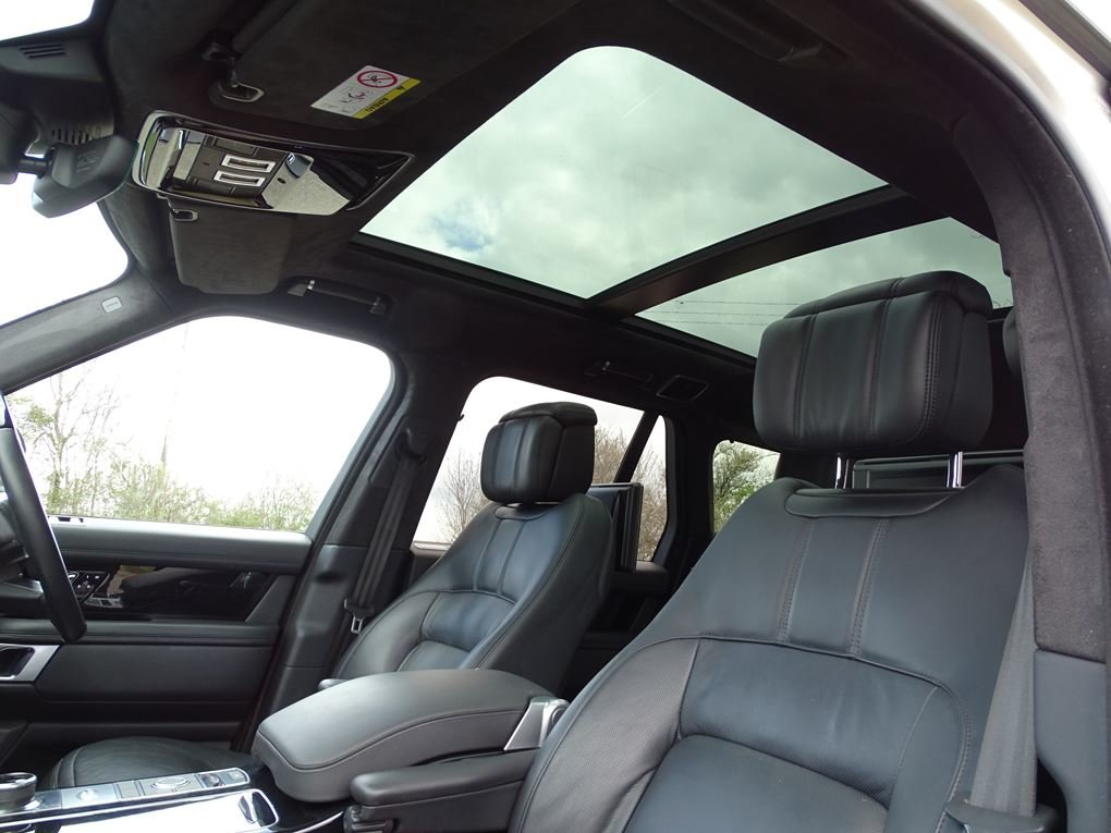 2018 Land Rover  RANGE ROVER  3.0 TDV6 VOGUE SE 8 SPEED AUTO  53, For Sale (picture 13 of 24)