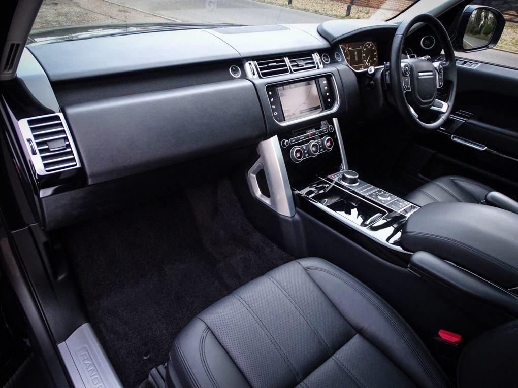 2016 Land Rover  RANGE ROVER  SDV8 VOGUE 4.4 EU6 MODEL AUTO   38, For Sale (picture 4 of 21)