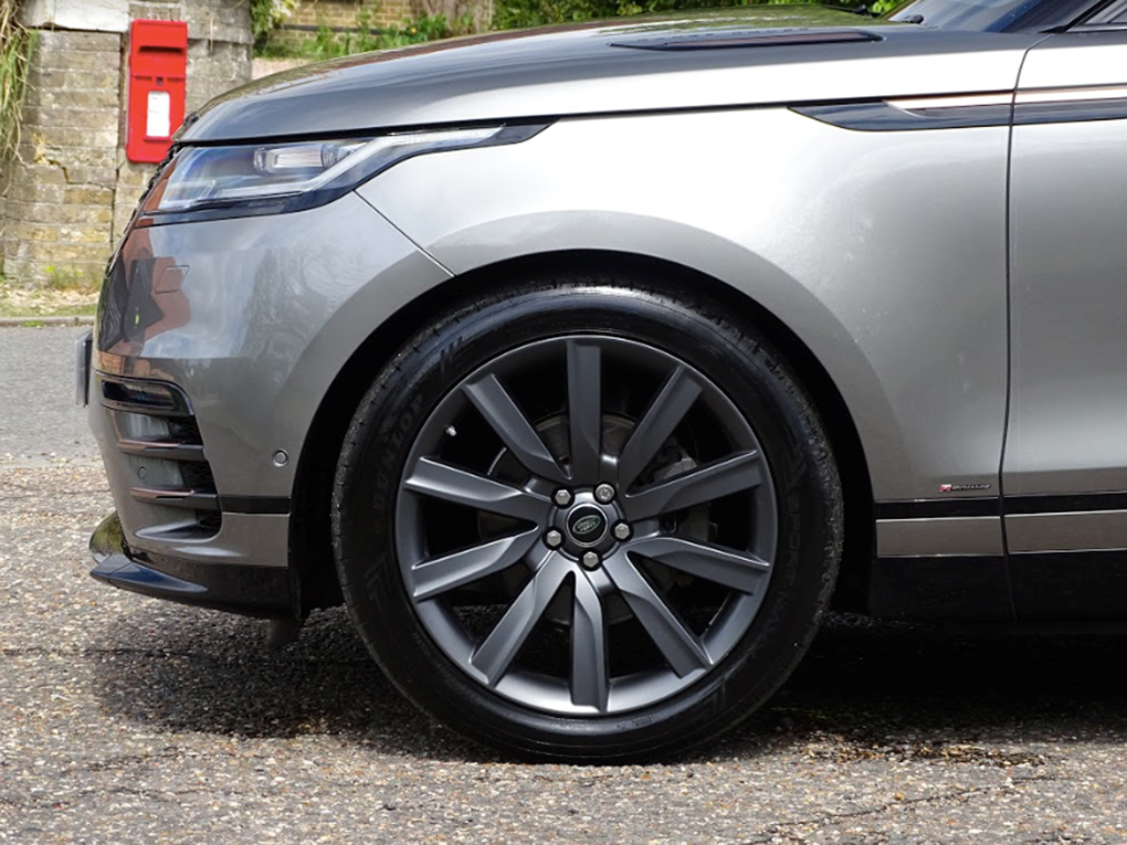 2017 Land Rover  RANGE ROVER VELAR  R-DYNAMIC SE 8 SPEED AUTO  32 For Sale (picture 5 of 24)