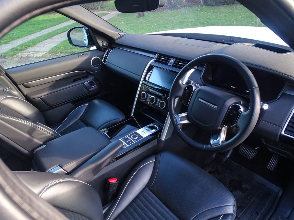 2019 Land Rover  DISCOVERY  3.0 SDV6 HSE 7 SEATER TAYLORED BY URB For Sale (picture 22 of 24)
