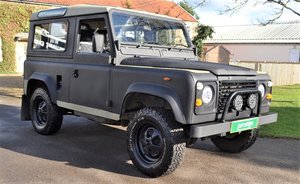 1986 Land Rover Defender 90 - SWB, engine replaced, Raptor paint