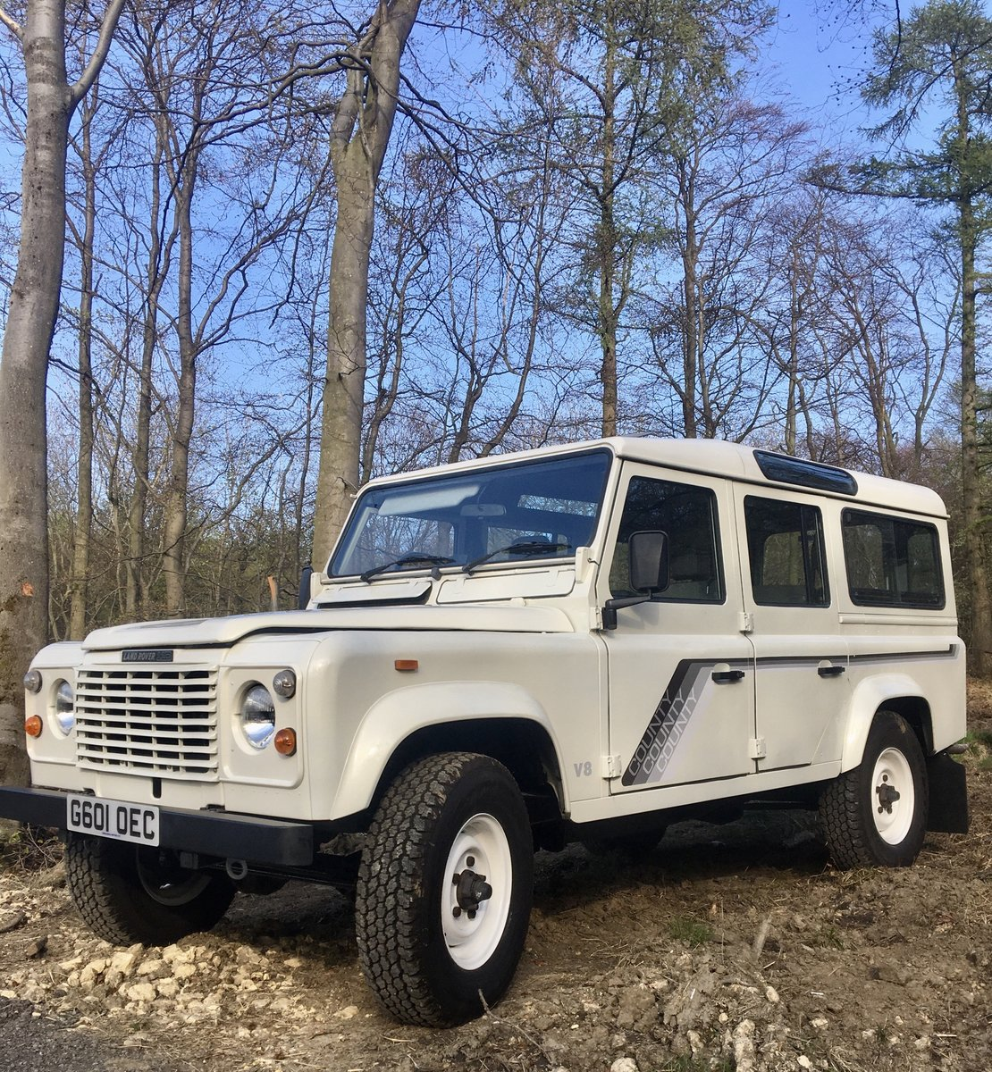 1989 Land Rover 110 Ex-NHS rare Factory V8. SOLD (picture 4 of 6)