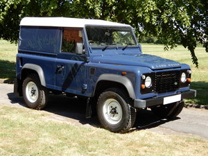 2010 Land Rover Defender 90 Hard Top