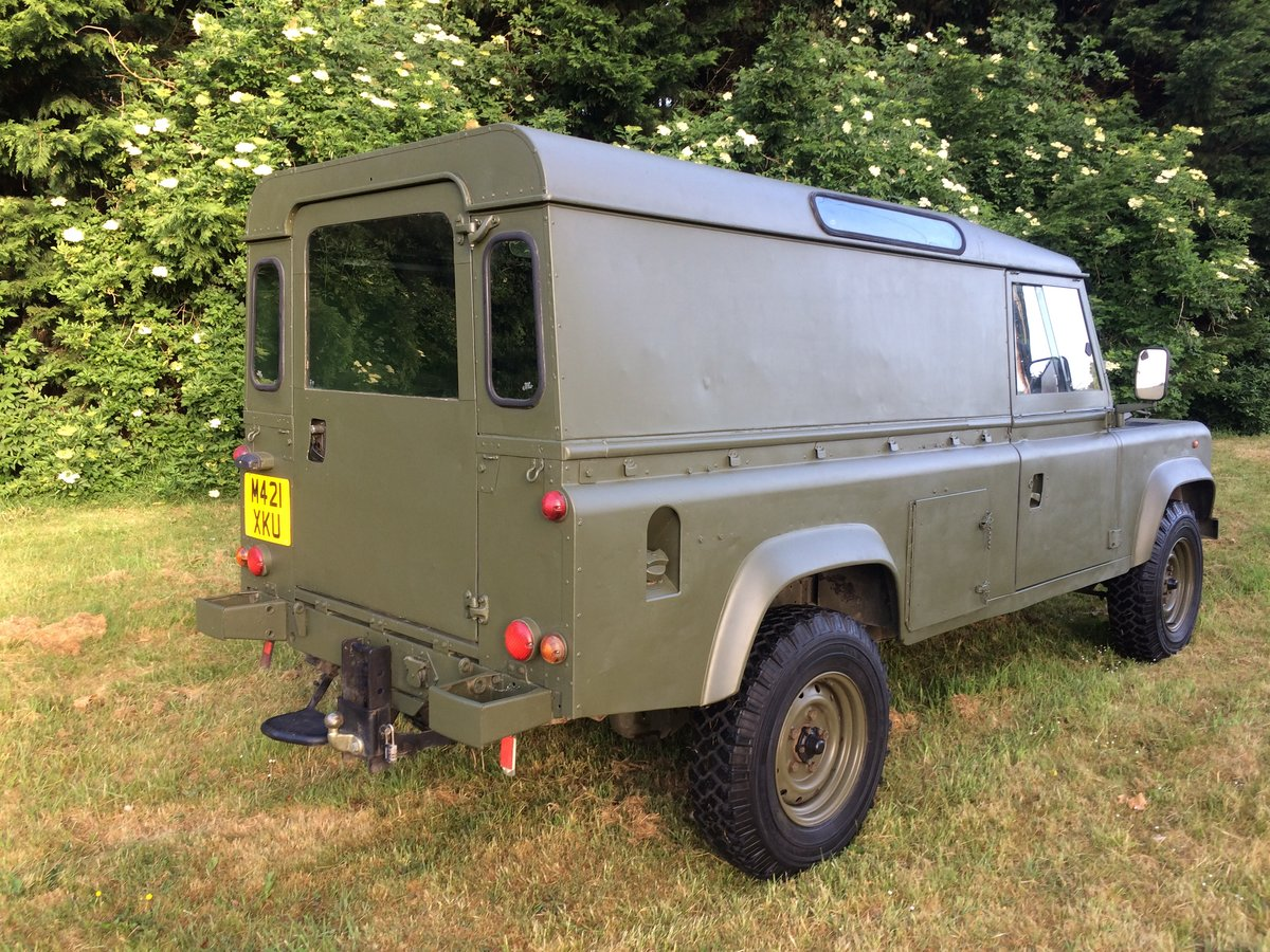 1995 Land Rover Defender 110 2.5 NA Ex MOD For Sale (picture 3 of 6)
