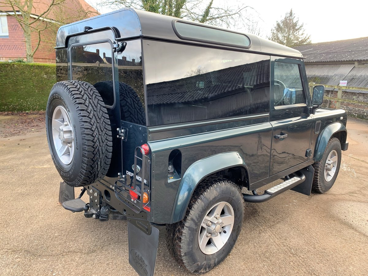 2014/64 DEFENDER 90 2.2TDCi XS HARDTOP WITH UPGRADES SOLD (picture 5 of 6)