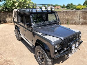 GORGEOUS DEFENDER 110 TOMB RAIDER+GALVANISED CHASSIS