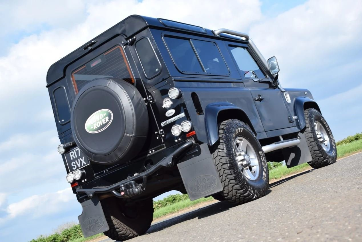 2008 Land Rover Defender SVX 60th Anniversary Model For Sale (picture 3 of 6)