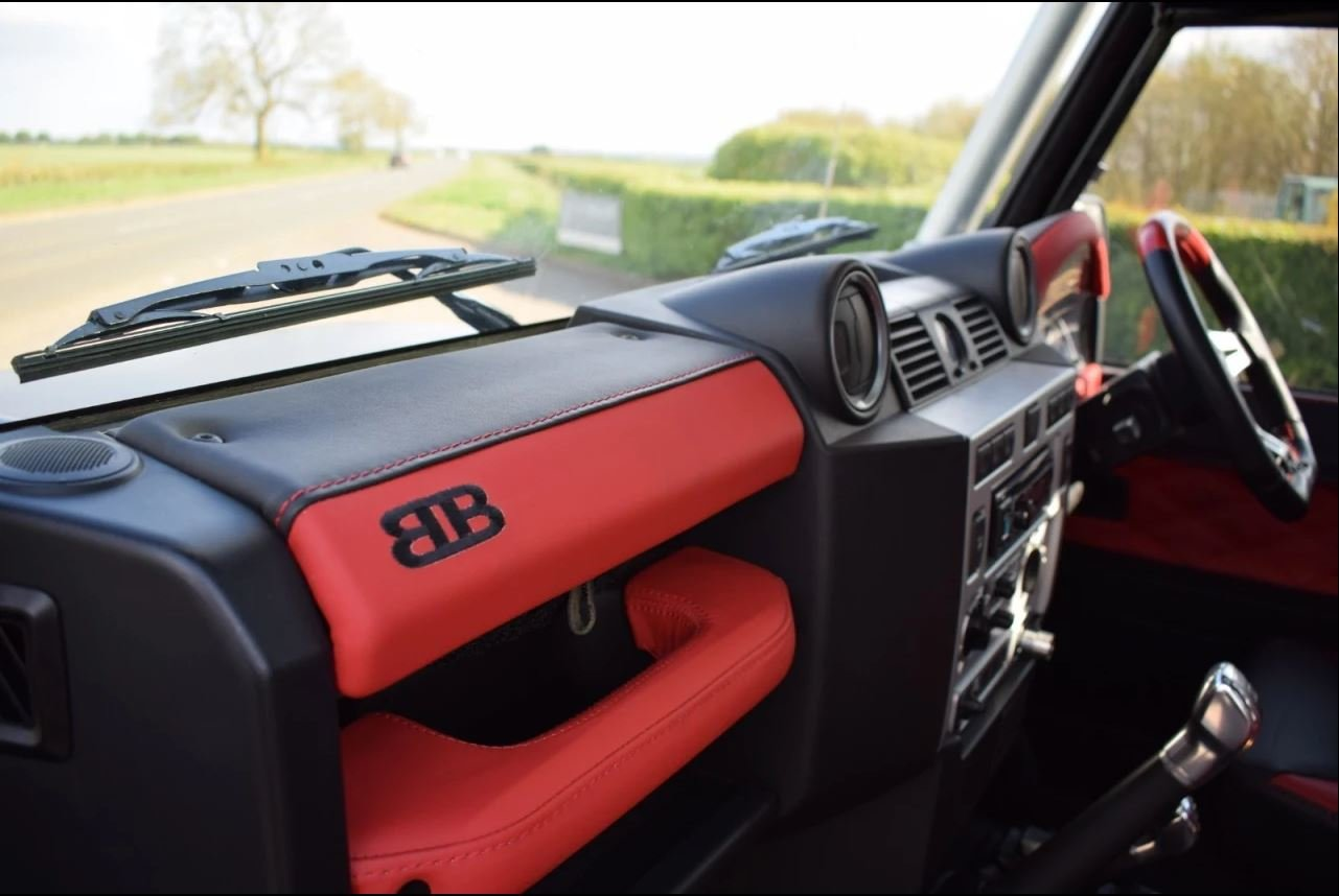 2008 Land Rover Defender SVX 60th Anniversary Model For Sale (picture 5 of 6)