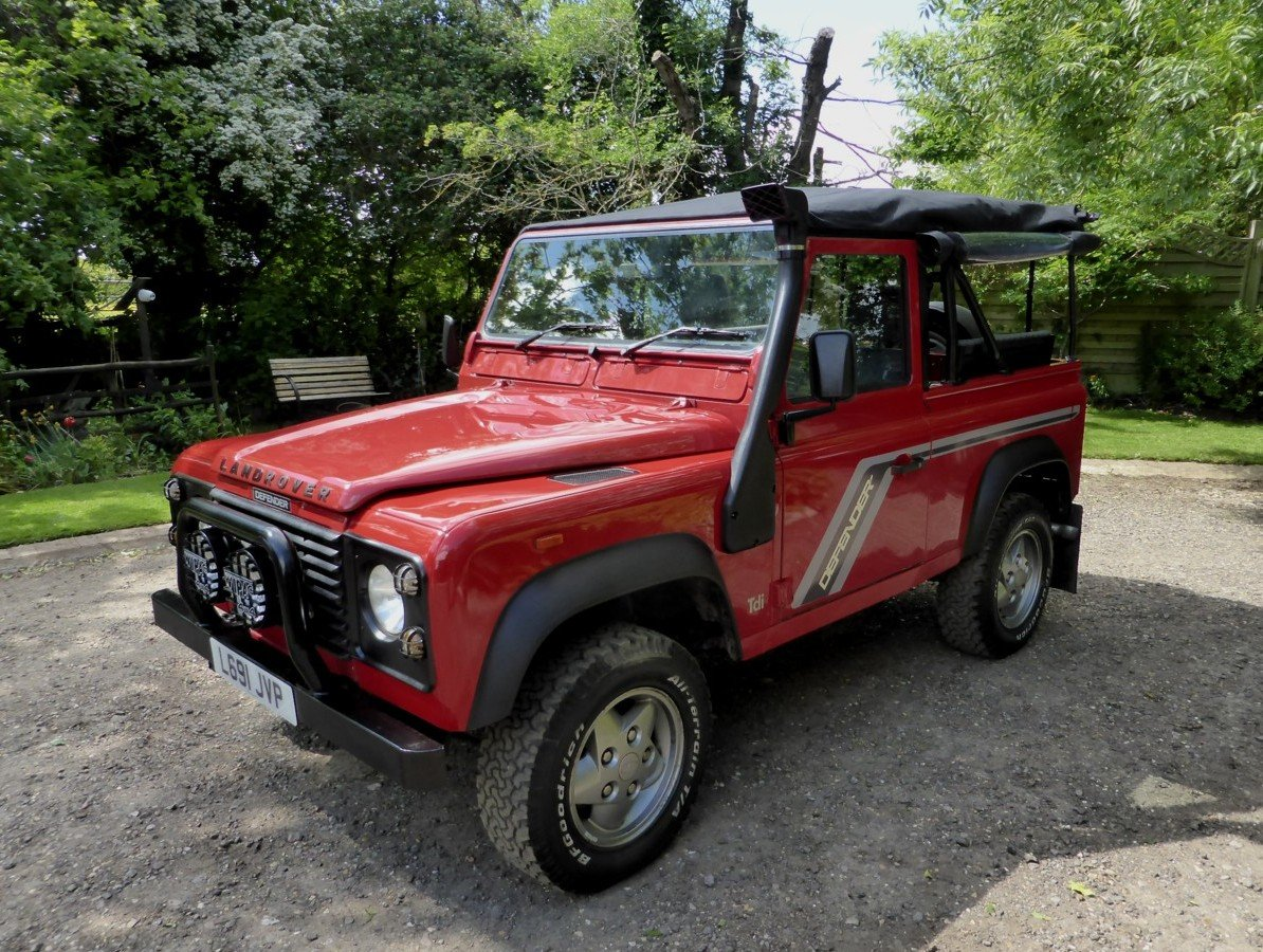 1993 OUTSTANDING RARE EXPORTABLE ORIGINAL 200 TDi DEFENDER 90  SOLD (picture 4 of 6)