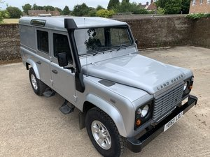 2013/63 Defender 110 2.2TDCi County Utility station wagon