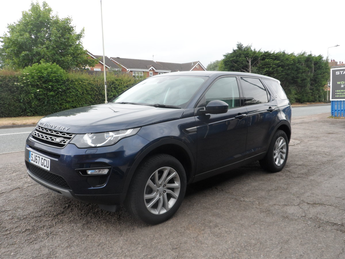 2017 67 PLATE 2LTR DIESEL 6 SPEED DISCOVERY S.E SPORT 4X4 66,700  For Sale (picture 5 of 6)