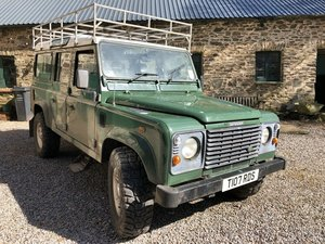 Land Rover Defender 110 TD5 12 seater S/W