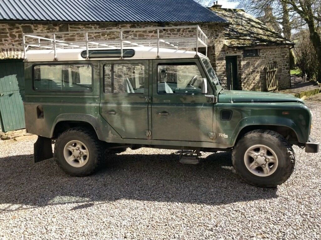 1999 Land Rover Defender 110 TD5 12 seater S/W For Sale (picture 6 of 6)