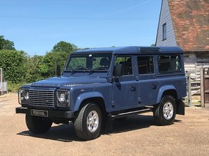 2010 Land Rover Defender 110 XS, Apple Car Play, low mileage For Sale