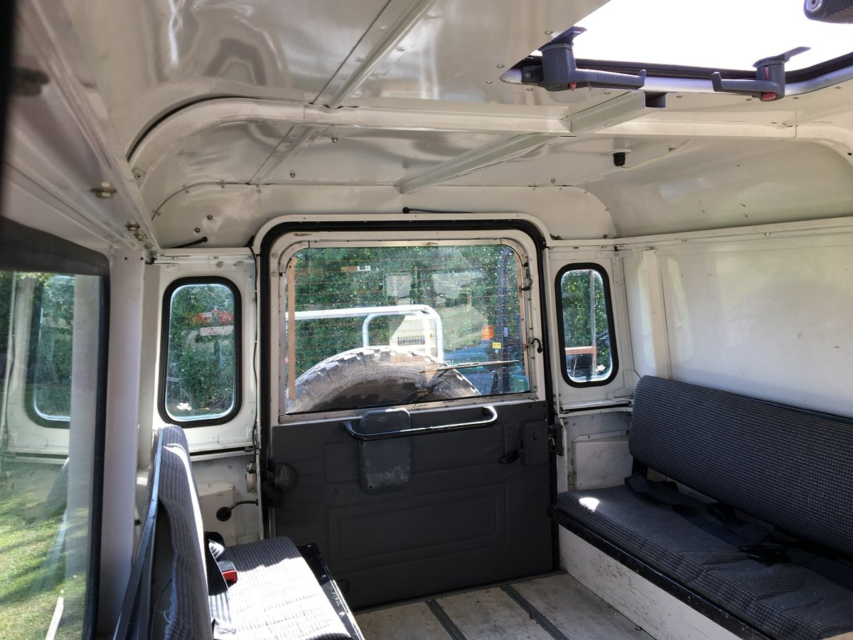 1997 Land Rover 110 300Tdi, only 47,728 miles 2 owners  For Sale (picture 3 of 6)