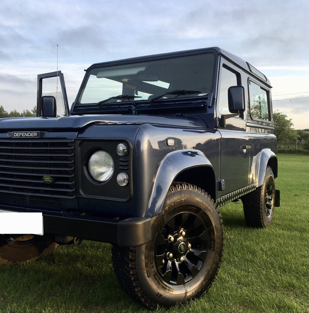 2003 Land Rover Defender 90  Station wagon SOLD (picture 5 of 6)