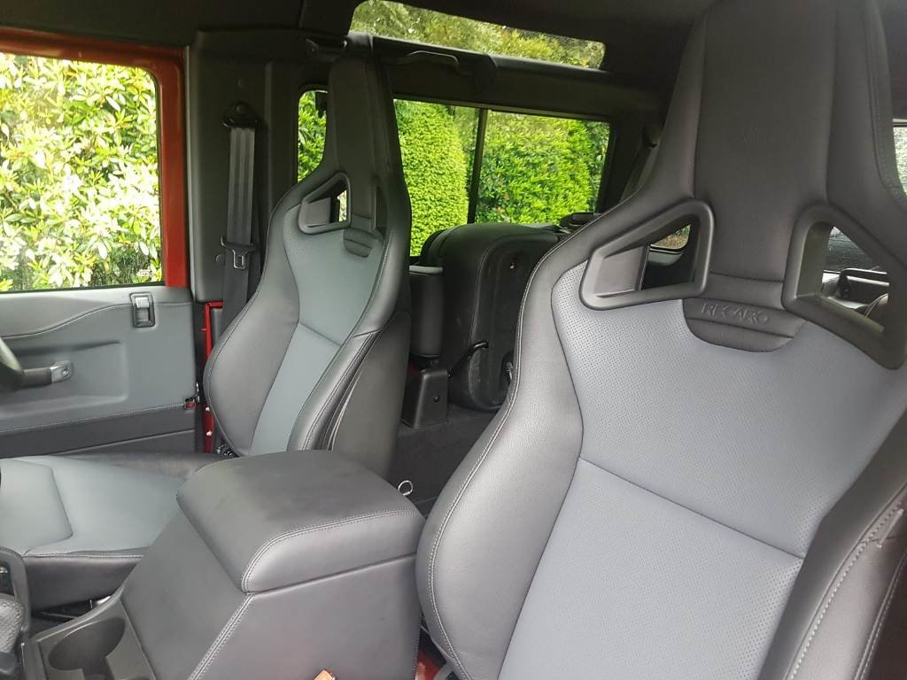 2015 LAND ROVER DEFENDER WORKS V8 70TH EDITION For Sale (picture 4 of 6)
