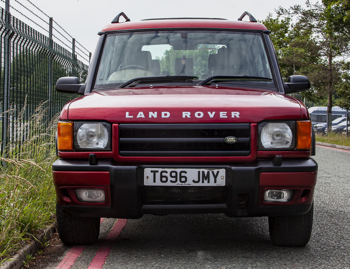 1999 Land Rover Discovery 2 4.6 V8 Petrol For Sale (picture 2 of 5)