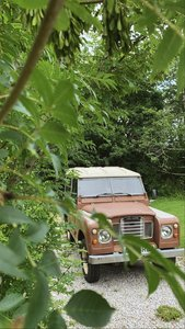 Beautiful original series 3 Landrover