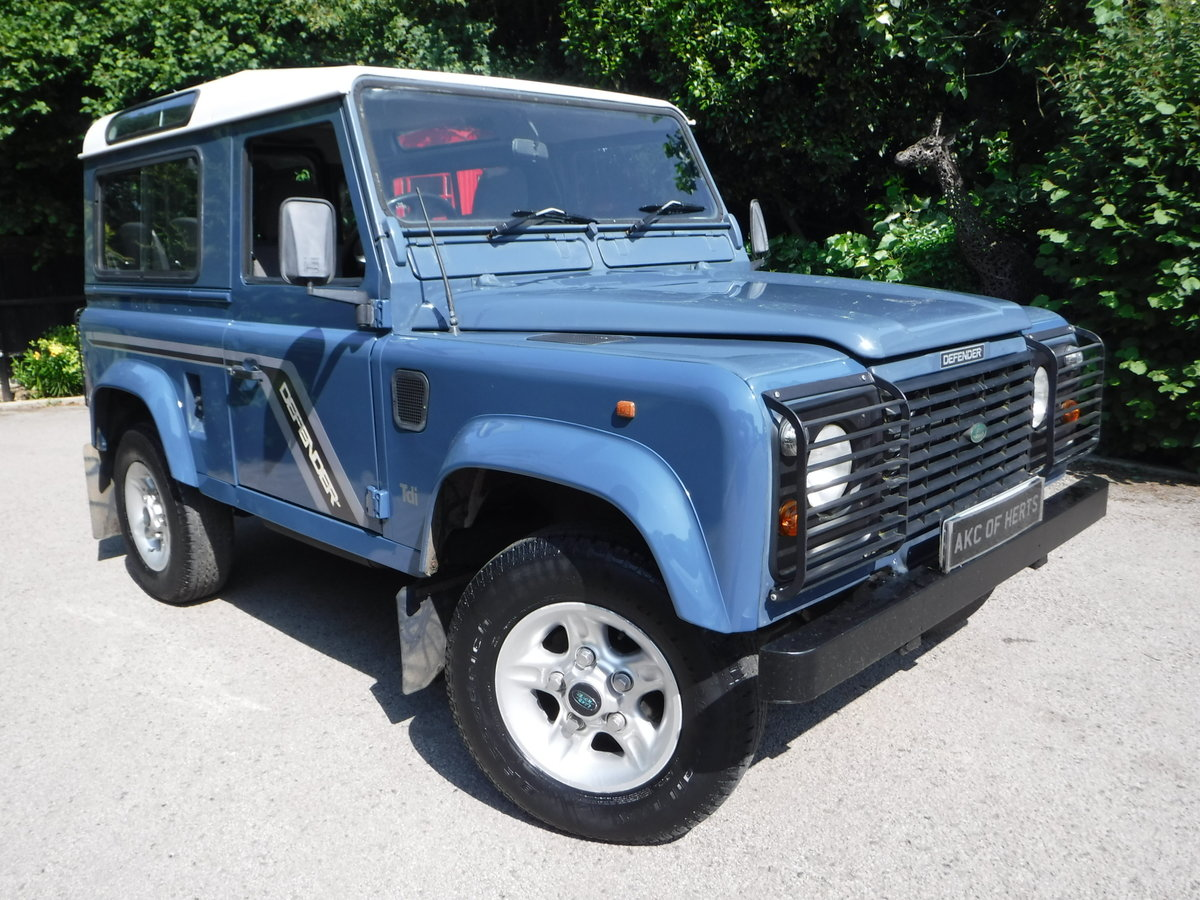 1994 Land Rover Defender 90 2.5 300TDi Station Wagon For Sale (picture 1 of 1)