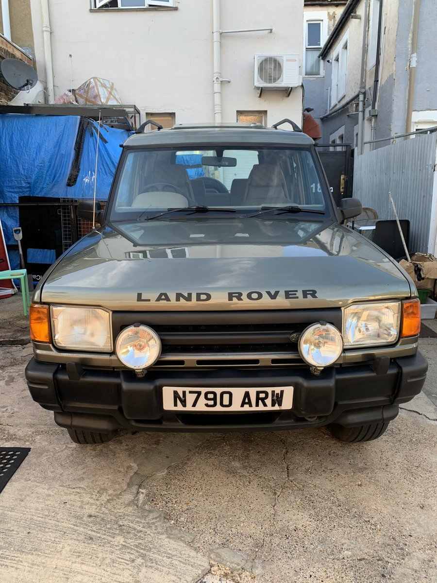 1996 Land Rover Discovery 3 Door Green 66k V8 MANU For Sale (picture 2 of 6)