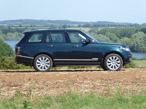 Range Rover Autobiography Very Low Mileage 1 Owner FLRSH