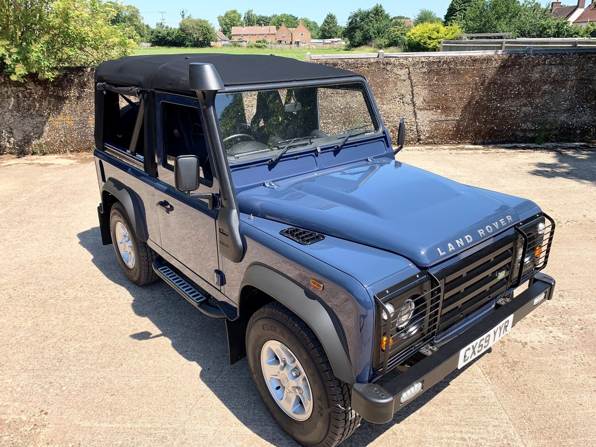 SUPERB 2009/59 DEFENDER 90 TDCi SOFT TOP 4 SEATER SOLD (picture 1 of 6)