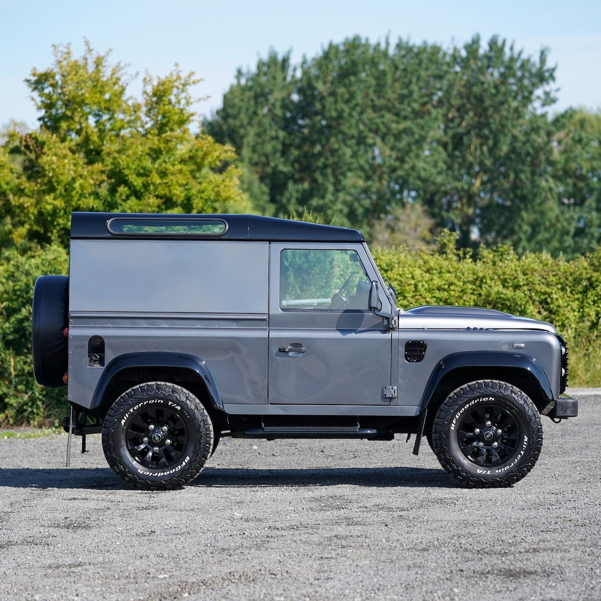 Land Rover Defender 90 2.2TD 2014 64 County Hardtop 1 Owner SOLD (picture 2 of 6)