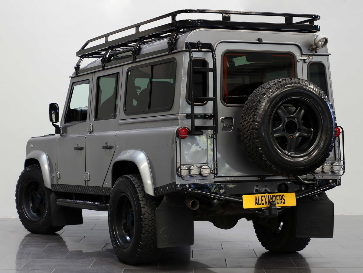 2012 12 12 LAND ROVER DEFENDER 110 TWISTED STATION WAGON 2.2 AUTO For Sale (picture 3 of 6)
