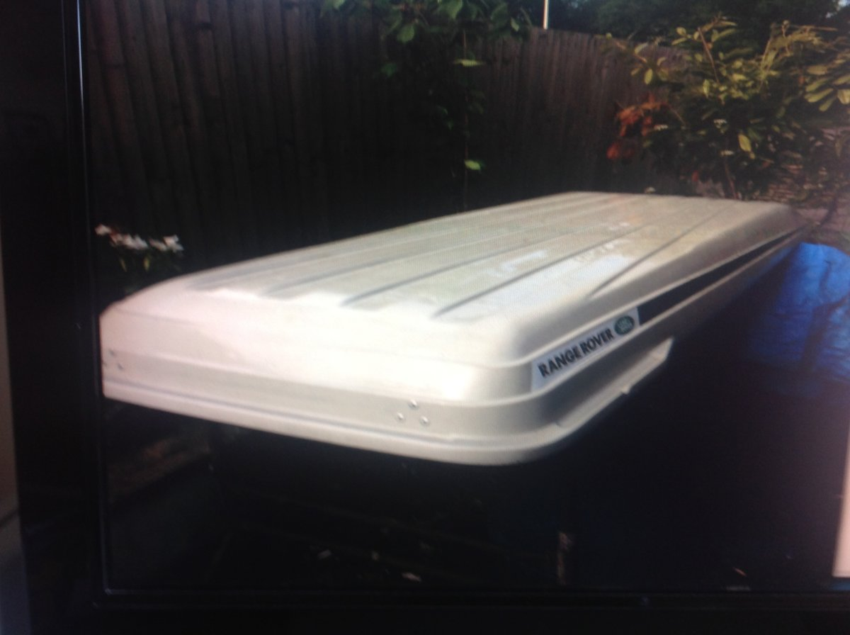 Range Rover P38 Roof Box and Roof system new Unuse For Sale (picture 1 of 6)