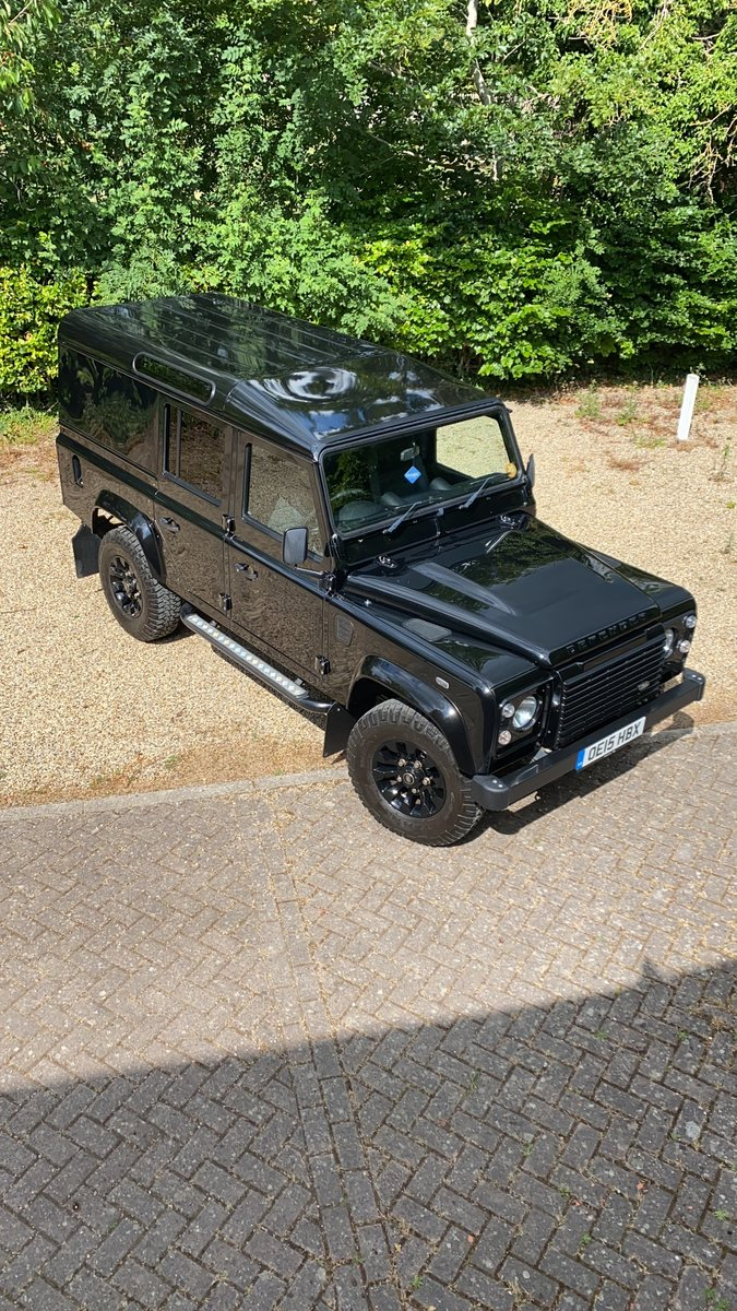 2015 Land Rover 110 XS UTILITY BLACK PACK LOW MILEAGE For Sale (picture 1 of 6)