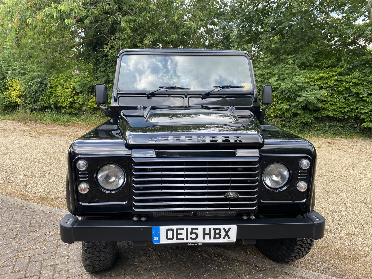 2015 Land Rover 110 XS UTILITY BLACK PACK LOW MILEAGE For Sale (picture 5 of 6)