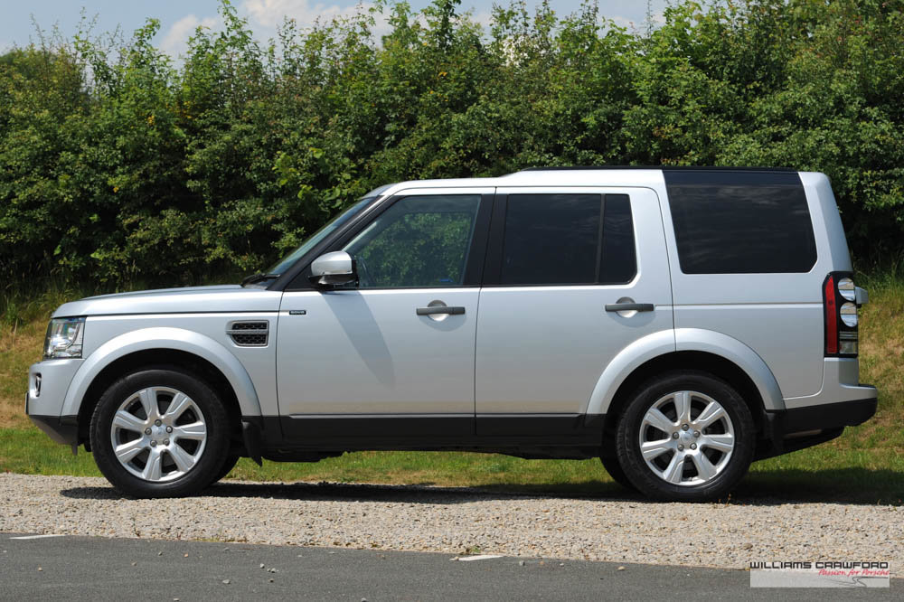2016 Land Rover Discovery SE Tech SDV6 auto 7-seater SOLD (picture 2 of 6)