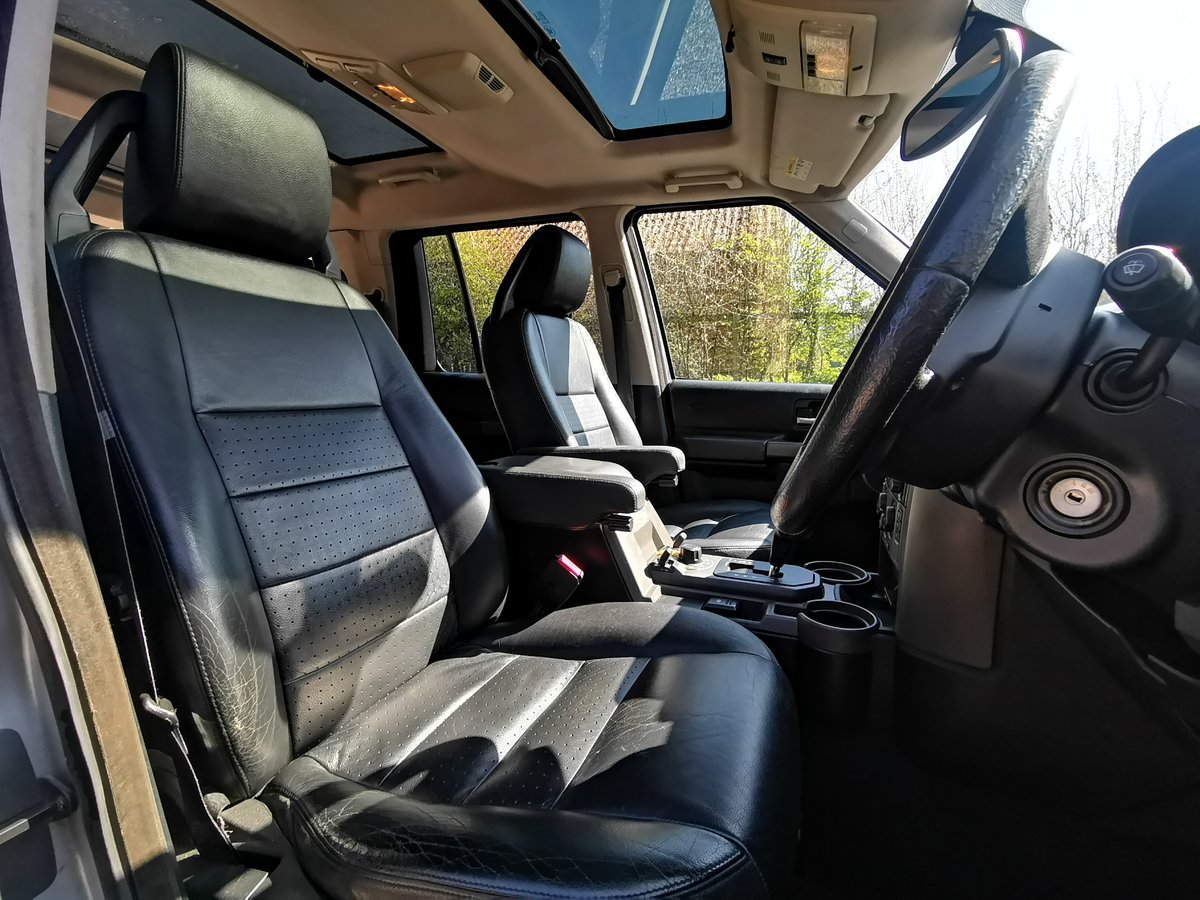 2005 Land Rover Discovery 2.7 TDV6 7 Seater 4X4 FSH For Sale (picture 3 of 6)