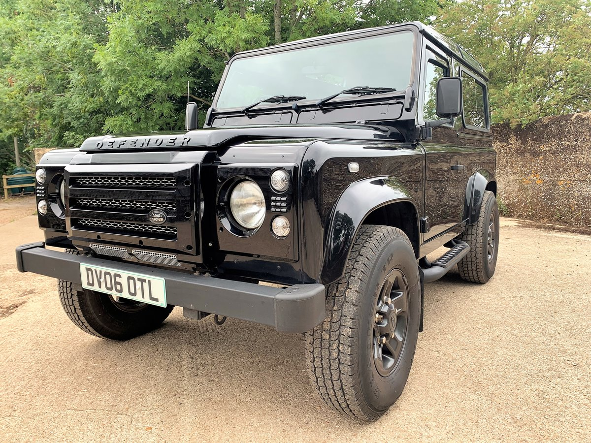 2006 Defender 90 TD5 XS Station Wagon - nice example SOLD (picture 2 of 6)