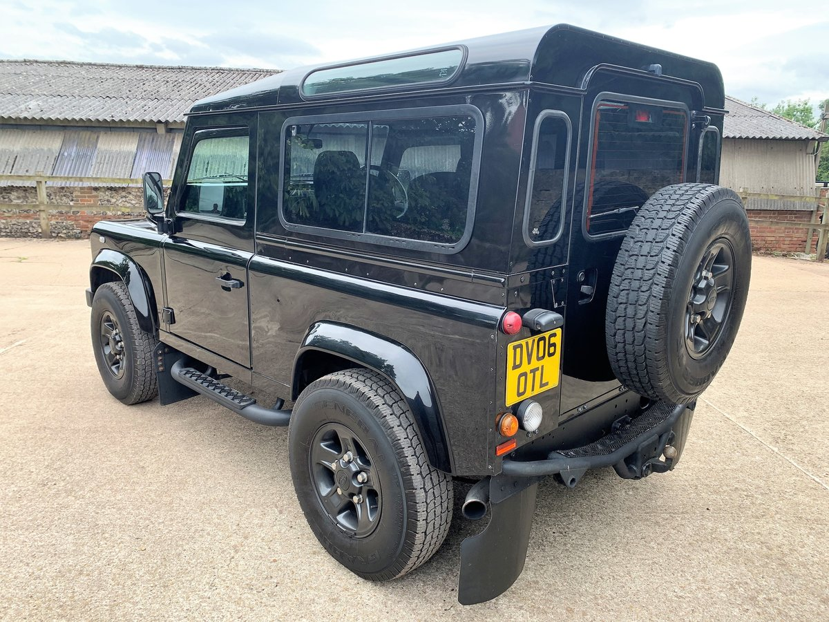 2006 Defender 90 TD5 XS Station Wagon - nice example SOLD (picture 5 of 6)