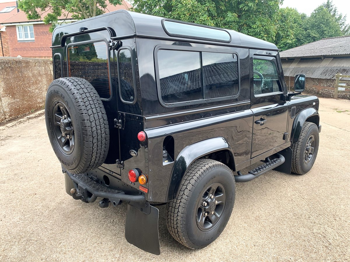 2006 Defender 90 TD5 XS Station Wagon - nice example SOLD (picture 6 of 6)