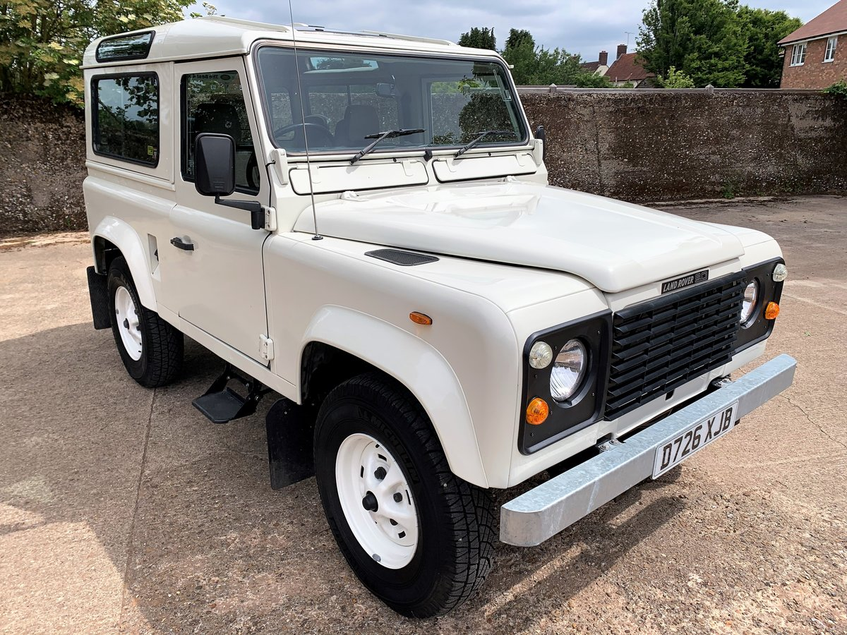 BEAUTIFUL RESTORED 1987 LAND ROVER 90 V8 CSW 6 SEATER SOLD (picture 2 of 6)