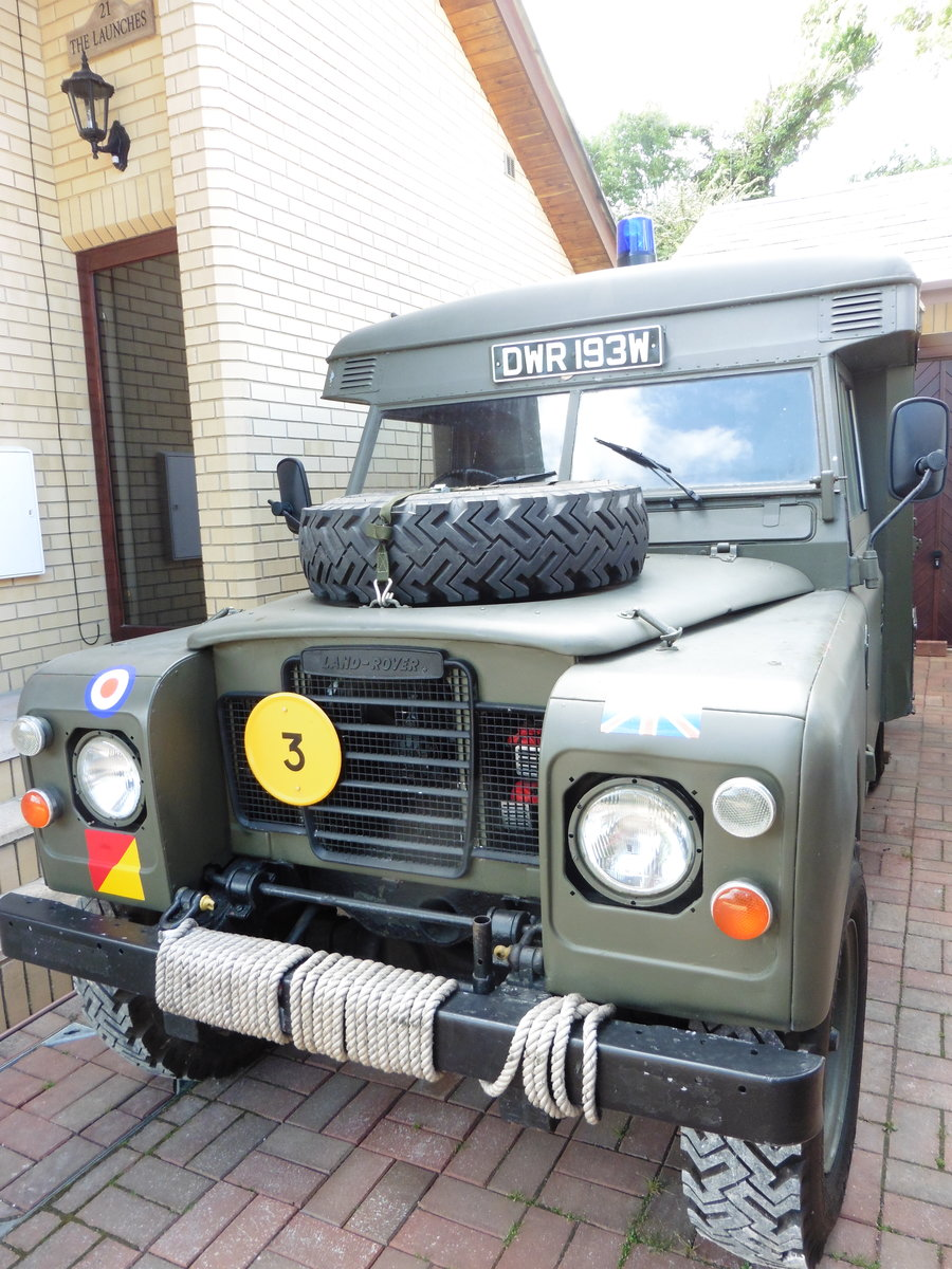 1981 Landrover series3 109 Ambulance SOLD (picture 1 of 6)