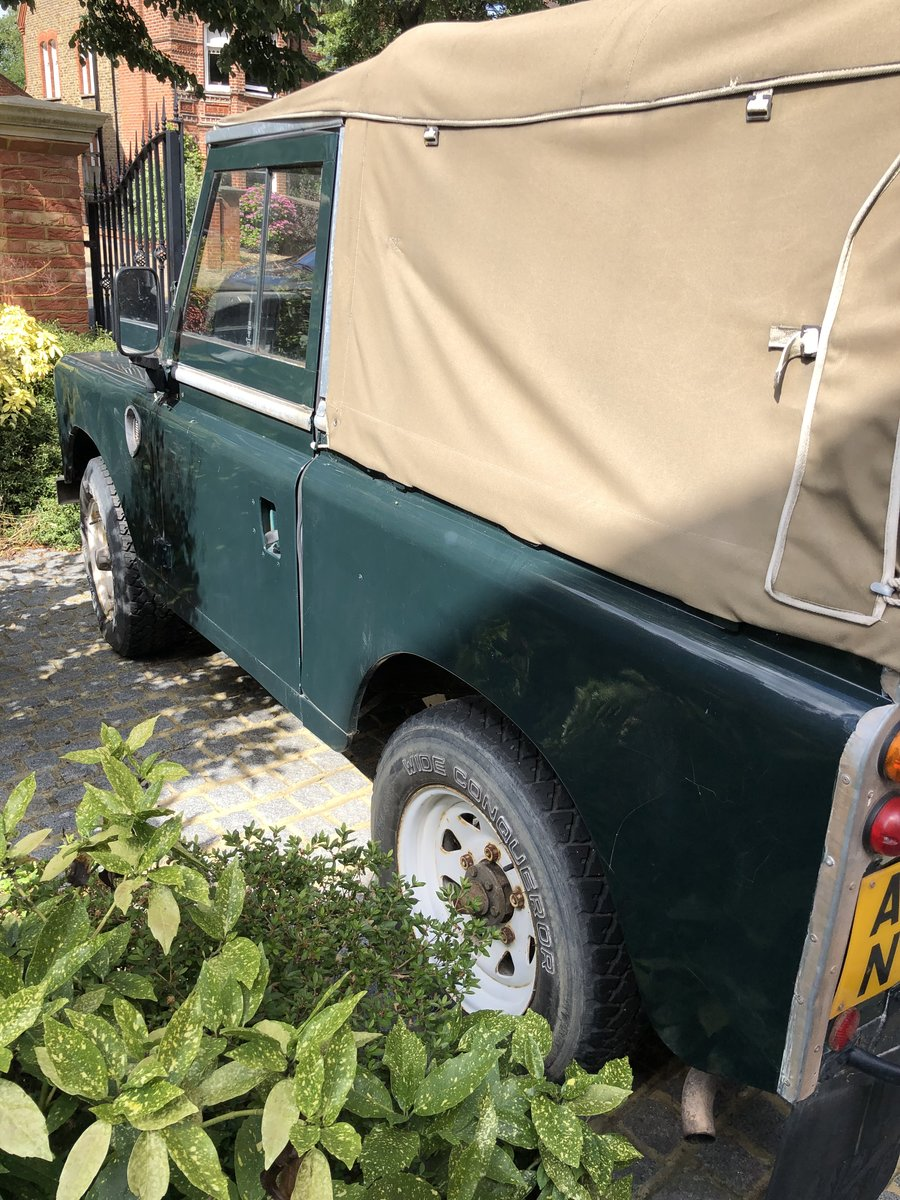 1983 Land Rover Defender 3 Series Petrol SOLD (picture 2 of 6)