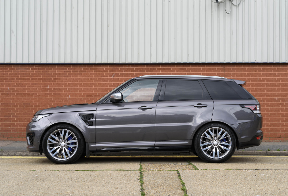 2017 Range Rover Sport SVR (RHD) For Sale (picture 6 of 24)