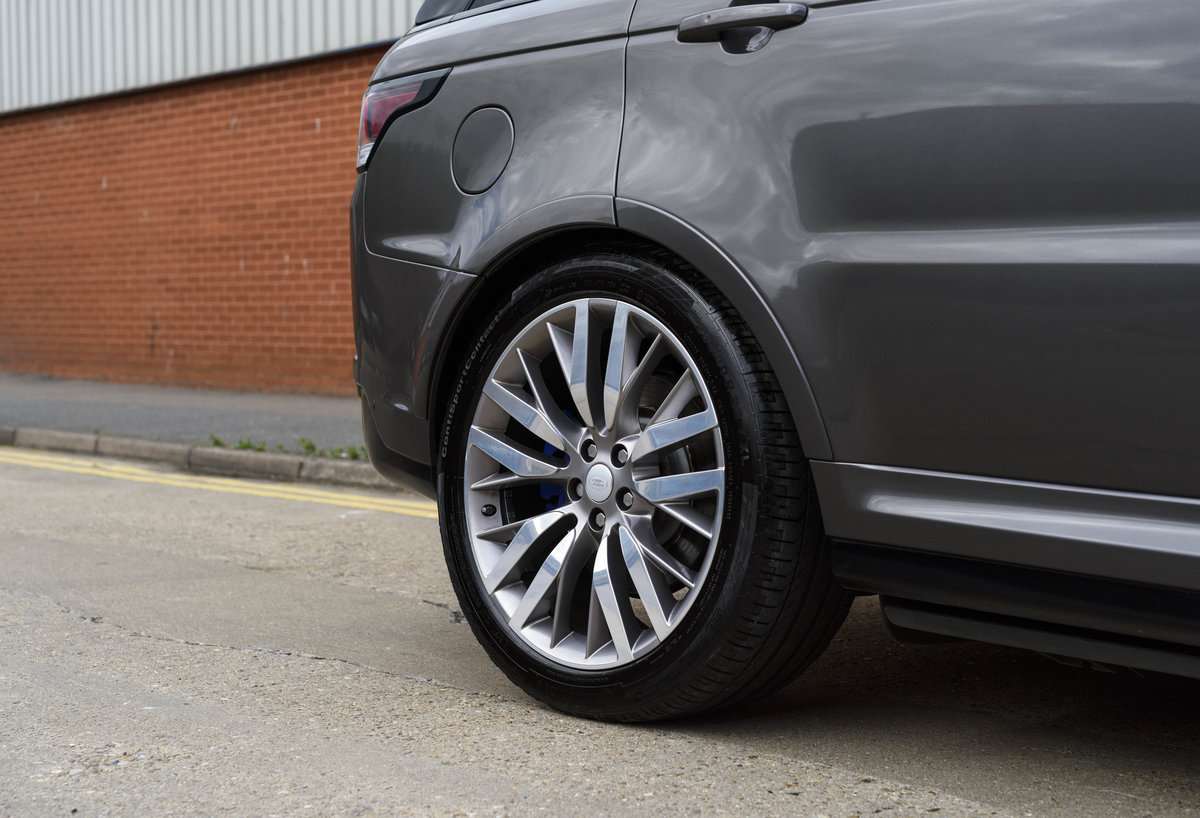2017 Range Rover Sport SVR (RHD) For Sale (picture 12 of 24)
