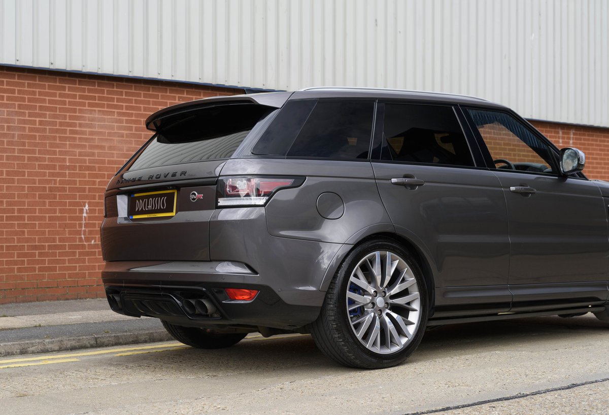 2017 Range Rover Sport SVR (RHD) For Sale (picture 14 of 24)