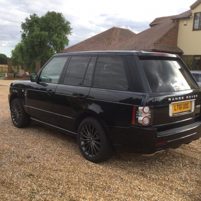 2011 Range Rover 4.4 TDV8 Autobiography Under 54000 Miles For Sale (picture 2 of 6)