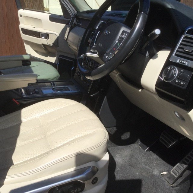 2011 Range Rover 4.4 TDV8 Autobiography Under 54000 Miles For Sale (picture 5 of 6)