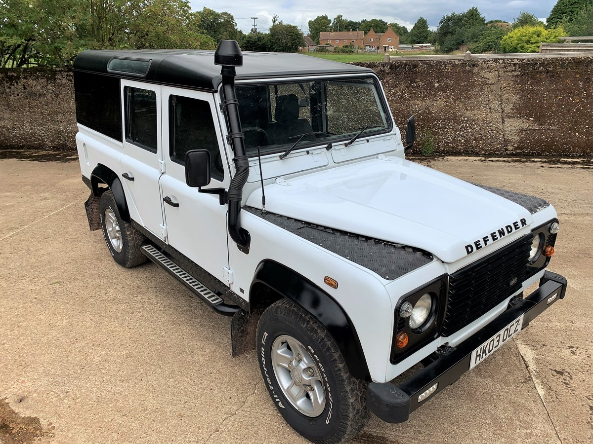 2003 Defender 110 TD5 CSW 9 seater+pano rear windows SOLD (picture 1 of 6)