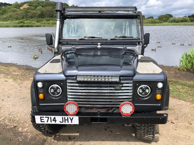 1987 LAND ROVER 90 300tdi Automatic Galvanised chassis & Bulkhead SOLD (picture 3 of 6)