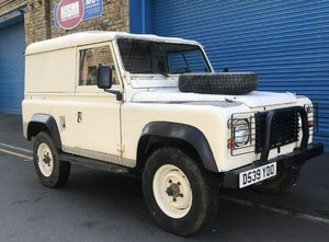 Land Rover Defender 200tdi lhd exportable